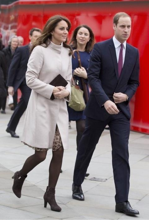 イギリス王室、キャサリン妃の経...